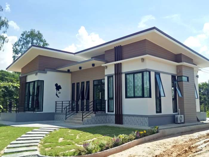 Contemporary bungalow with four bedrooms - Pinoy House Plans